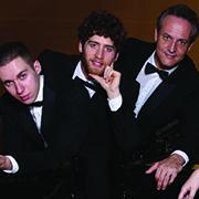 התזמורת הסימפונית אשדוד  שלושה פסנתרנים על במה אחת